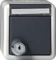 044730 Розетка с запирающейся на ключ крышкой IP44 (выбранные замыкания)