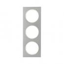 10132214 Рамка, R.3, 3-местная, нержавеющая сталь цвет: полярная белизна (140,54)