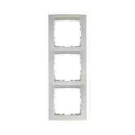 Berker 10238919 Рамка 3-я вертикальнаяс полем для надписей, Цвет: полярная белизна, с блеском серия  купить в Москве, цена в Рос