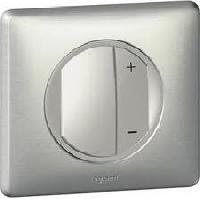 67085 Celiane Светорегулятор пoд все нагрузки (включая LED)