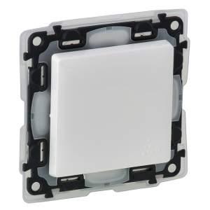 752164 Valena Life Белый IP44 Выключатель двухполюсный 16АХ 250В  (с лицевой панелью)