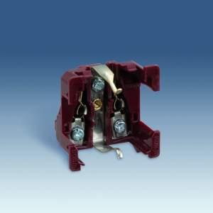 75432-69 82 Centr. Розетка двухполюсная 2к+з Schuko 10/16A 250V
