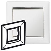 770491 Valena Белый/Серебряный штрих Рамка 1-ая