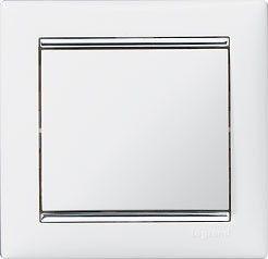 770494 Valena Белый/Серебряный штрих Рамка 4-ая горизонт.