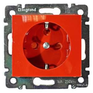 774327 Valena Красный Розетка 1-ая с/з с блокировкой (необх ключ 50299)