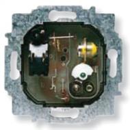 8140.1 NIE Tacto Мех термостата для электроклапанов 10(4) А, 250 В
