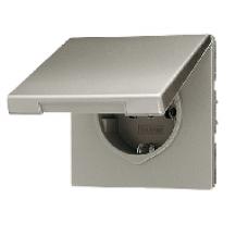 AL2520KLKI LS 990 АлюминийРозетка с/з с защитными шторками с крышкой безвинт зажим