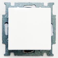 1012-0-2142 (2006/6 UC-94) BJB Basic 55 Бел Переключатель 1-клавишный