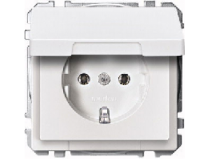 MTN2311-4019 SD Бел Розетка 1-ая с/з с крышкой (термопласт) безвинт зажим