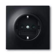 2013-0-5334 (20 EUCKS-775) BJE Impuls Черный бархат Розетка с/з с защитными шторками